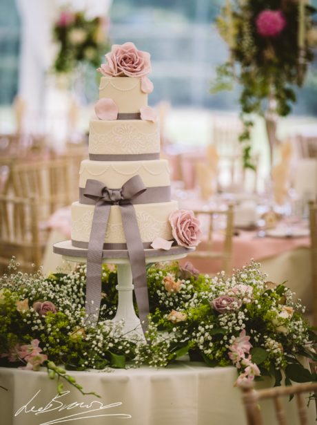 Dusky Pink Roses and Lace Wedding Cake