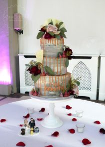 Drip wedding cake manchester cheshire